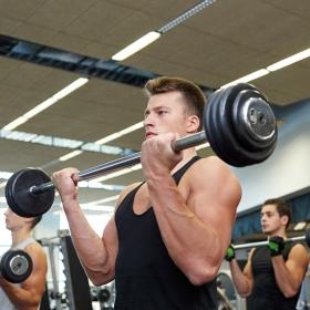 Está se machucando com frequência na academia? Saiba o que pode estar errado.
